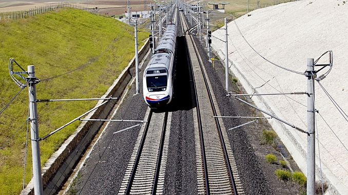 yilda demiryolu elektrifikasyon yatirimlarina milyar lira harcandi