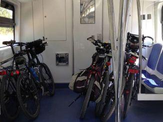 banliyo trenleri bisiklet tasimaciligina uygun hale getirilsin