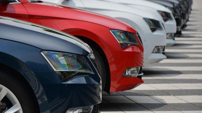 сервисот за изнајмување на автомобили ќе биде примена