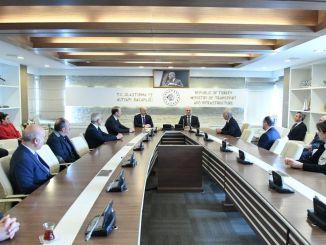 Karaismailoglu tildelt ministeriet for transport og infrastruktur startede