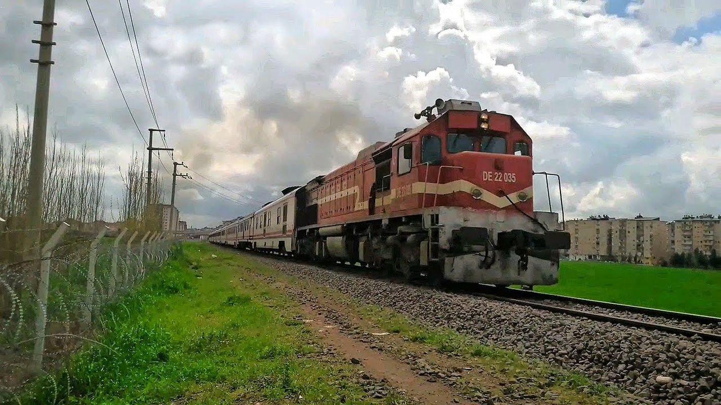 Verbesserung der Erdrutschzone der Diyarbakir Saltalan Eisenbahnlinie