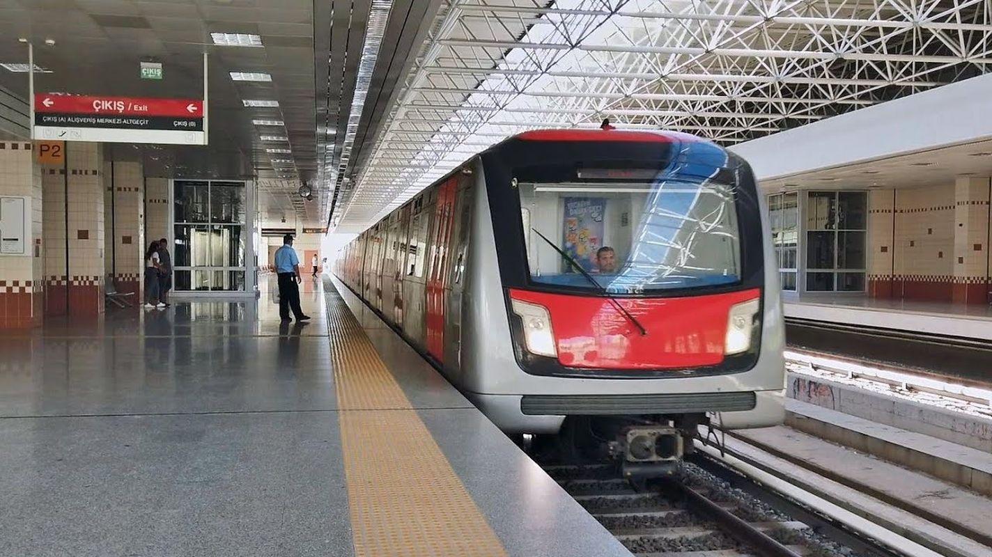 Ausschreibung Werbung U-Bahn Carrier Rail wird gekauft