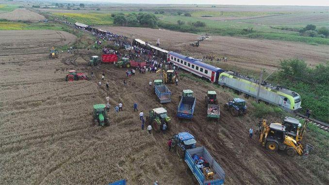 Intensyvus tyrimas dėl griuvusio traukinio avarijos po metų pertraukos