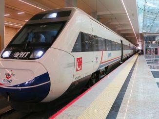 وزیر کریس میلیو اولو نے YHT لائنوں پر منتقل کردہ مسافروں کی تعداد کا اعلان کیا