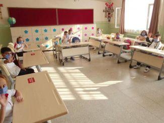 Ανακοινώθηκαν λεπτομέρειες σχετικά με τις πρακτικές εξέτασης στα σχολεία