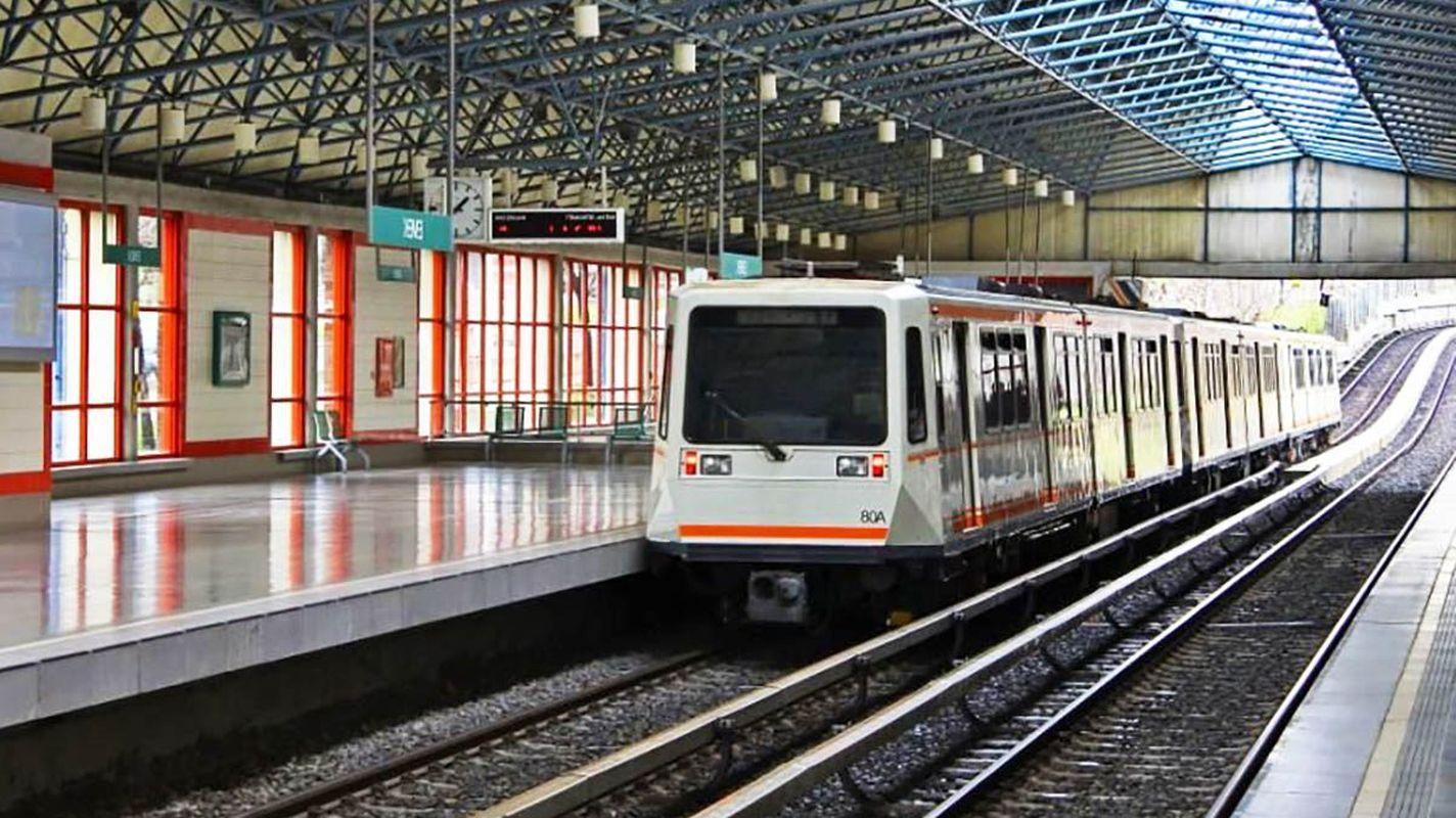 Pembelian bahan penerangan untuk fasilitas ankaray dan metro