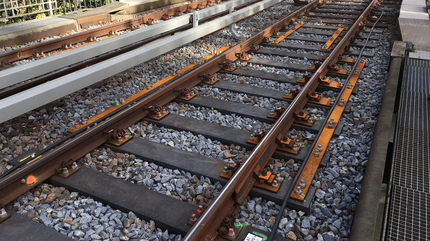 إنشاء نظام تشحيم للسكك الحديدية بين دوجانكي وأليفوات باشا